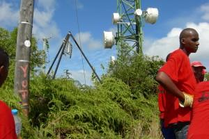 A. TESSIOT Mayotte : Transporter des éléments d'une installation GSM - Photo 6