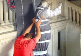 A. TESSIOT - Savoir-faire, emballage d'une statue
